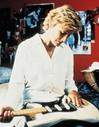 """Glenn Close (Esther) nel film """"La sicurezza degli oggetti"""" di Rose Troche (2001)"""