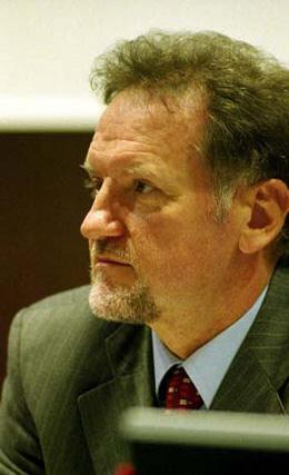 Mario Vello