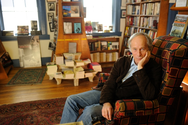 Richard-Ford-Author-Photo-please-credit-Robert-Jordan
