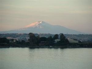 Etna dal mare - Foto di Maria Allo